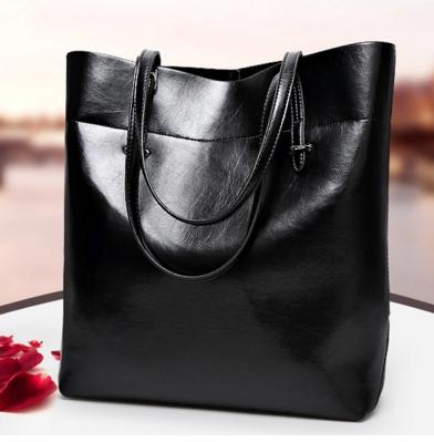 Сумки из кожзама. Женские сумки цена  fb9e10f5b01b7